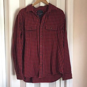 Old Navy Shirts - Men's red & black plaid flannel sz L EUC